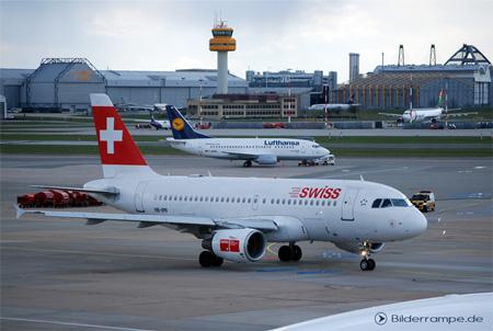 Flugzeuge von Lufthansa und Swiss am Airport Hamburg