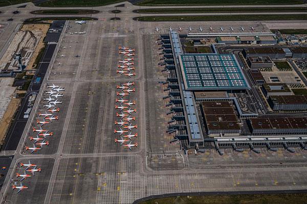 Flugzeuge am Boden | Foto: mariohagen, pixabay.com, Pixabay License