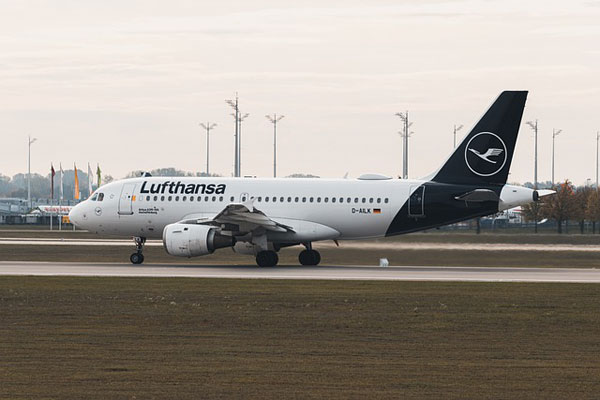 Lufthansa Flugzeug | Foto: dmncwndrlch, pixabay.com, Pixabay License