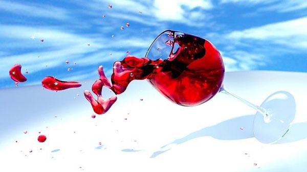 Kein umkippendes Weinglas mehr | Bild: MasterTux, pixabay.com, Pixabay License